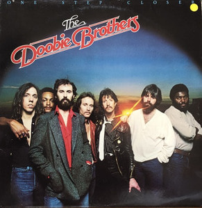 DOOBIE BROTHERS - ONE STEP CLOSER