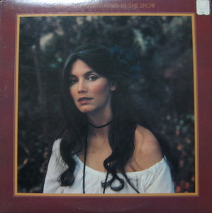 "EMMYLOU HARRIS - Roses In The Snow (""Wayfaring Stranger"")"
